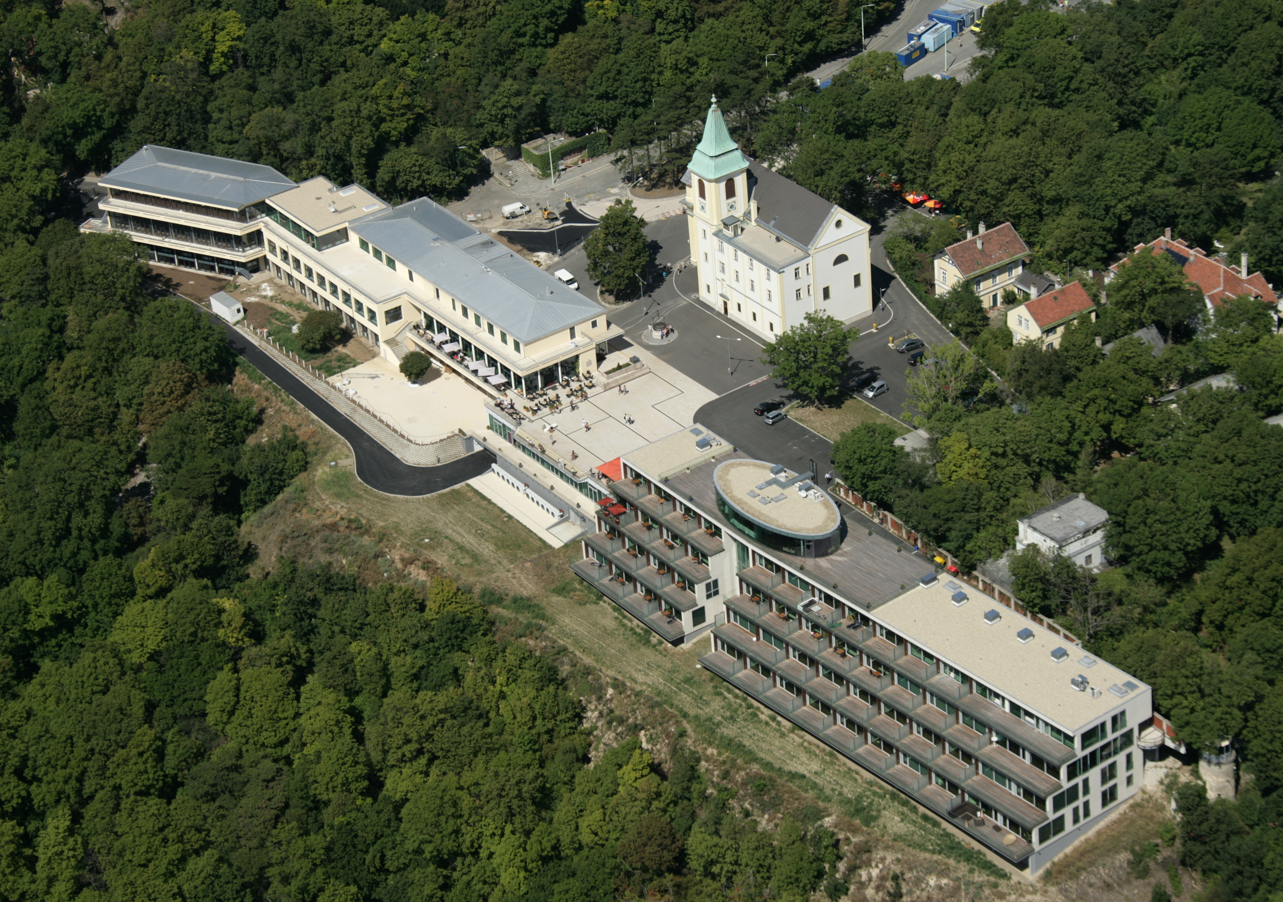Hotel Kahlenberg - Building construction